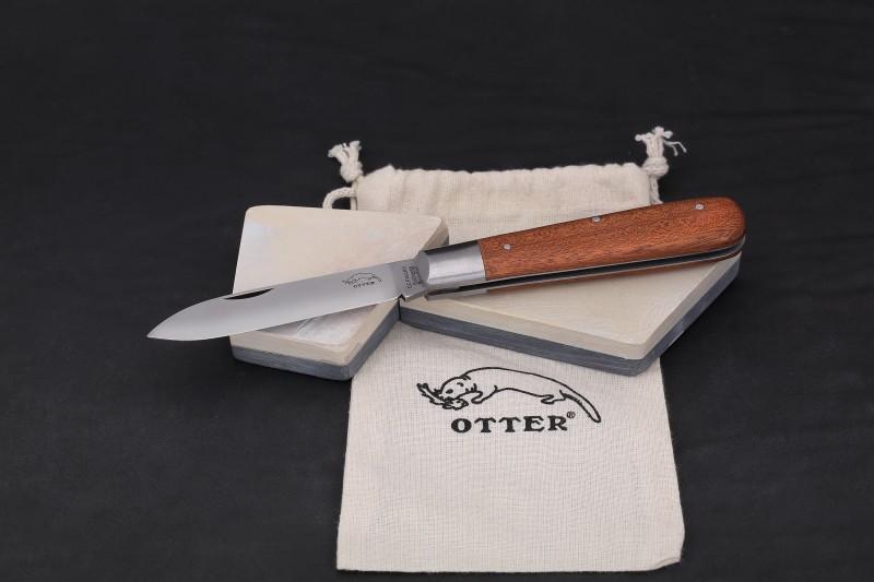 media/image/Otter-Messer-Schleifstein.jpg